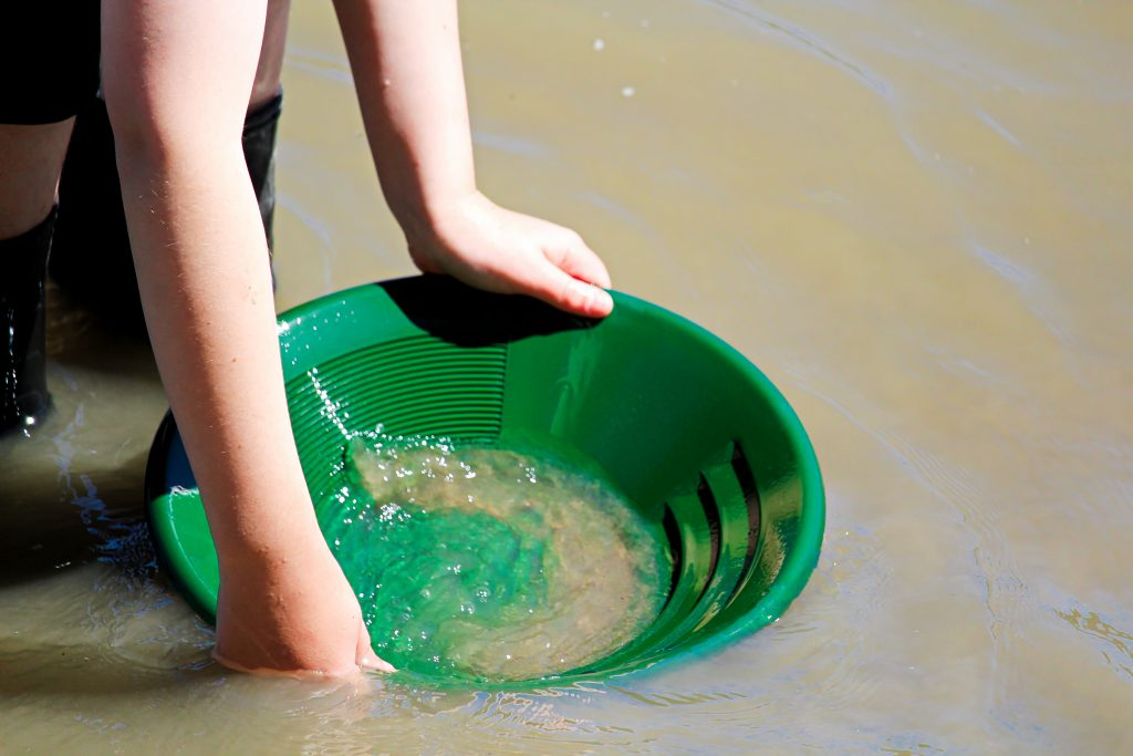 things to do in villa rica include panning for gold